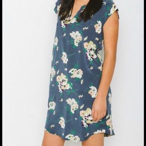 ⭐️ Host Pick ⭐️ Nicole Bridger Silk Floral Dress